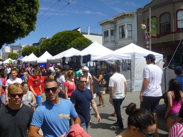 The Crowds at the Union Street Festival